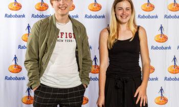 Tess en Ties van RSG Enkhuizen met T&T Likeuren gekozen tot beste Junior Ondernemers van West-Friesland!
